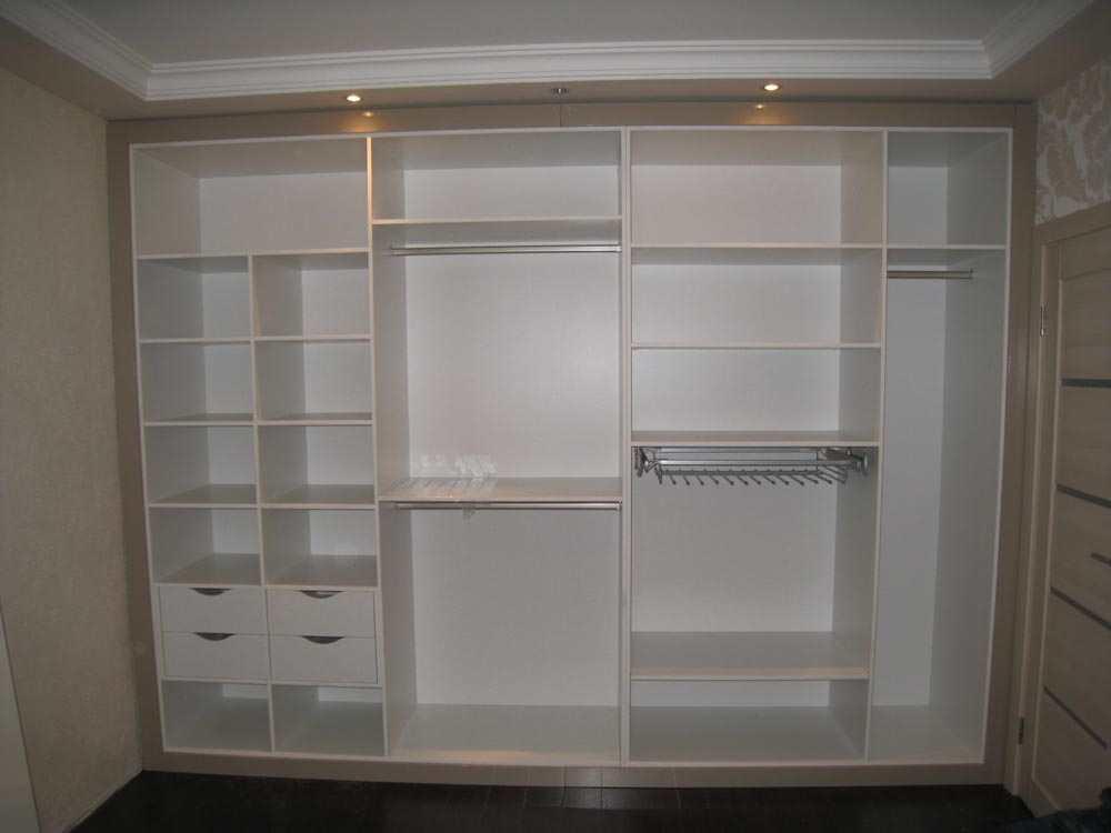 Гардеробный шкаф в прихожую