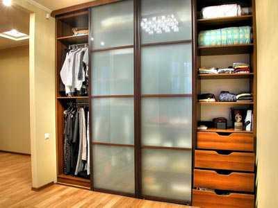 Шкафы-купе по низким ценам