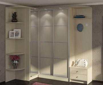 Большие шкафы для одежды